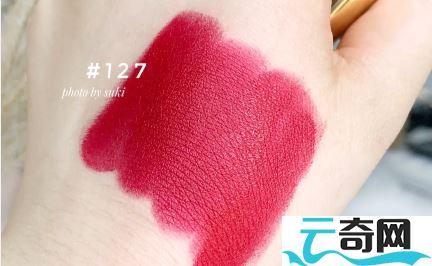 Chanel2020圣诞唇膏127什么颜色2