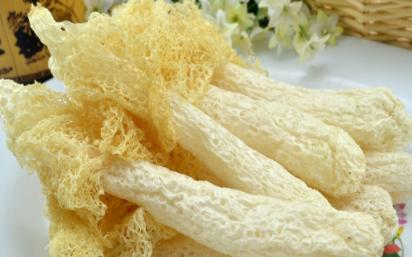 保质期内的竹荪变黄还可以吃吗3