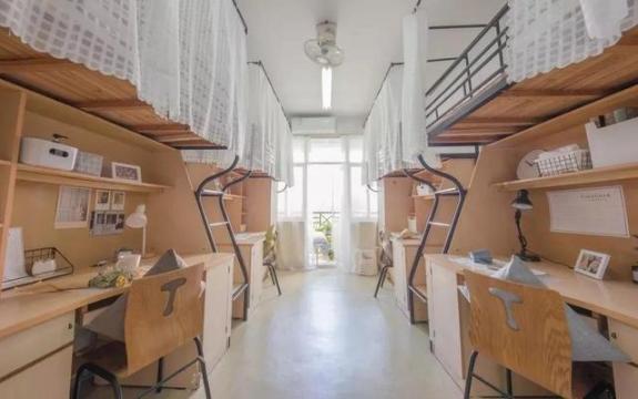 大学宿舍床位可以随便移动吗3
