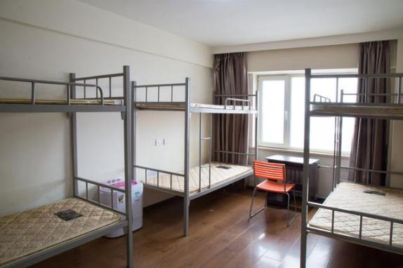 大学宿舍是用自己的床品吗3