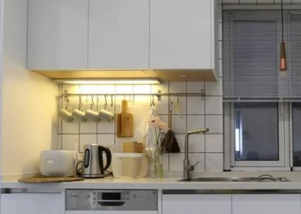 厨房灯泡脏了怎么清洗3