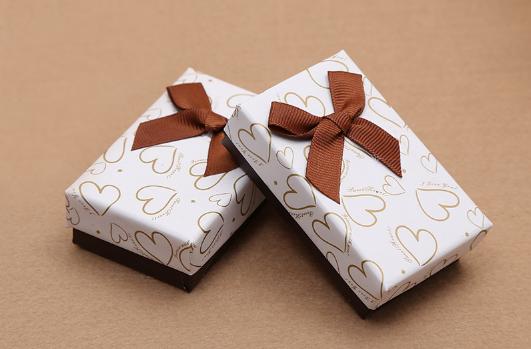 七夕送礼物是当人多送还是私下送3